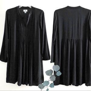 Old Navy long sleeve shift dress, black